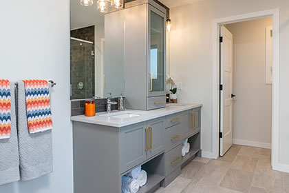 Ensuite Bathroom - RidgeWood West | Avanti Custom Homes - Show Homes - Winnipeg - Manitoba