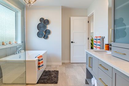 Ensuite Bathroom - Show Home - RidgeWood West | Avanti Custom Homes - Custom Homes - Winnipeg - Manitoba